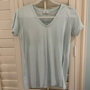 Small baby blue Vince v-neck t-shirt
